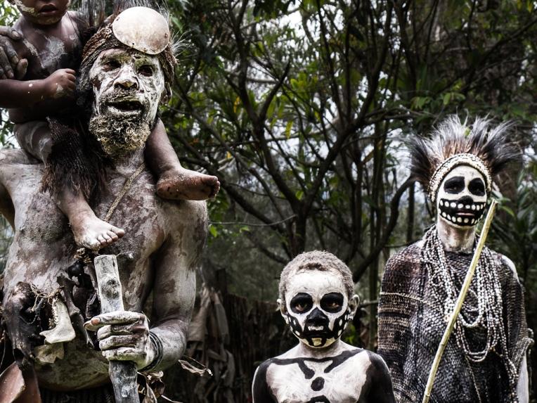 tribu squelette