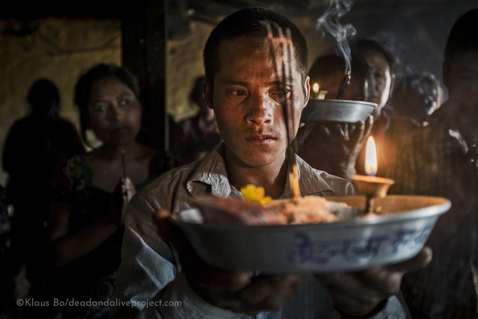 Døderitualer Nepal Klaus Bo