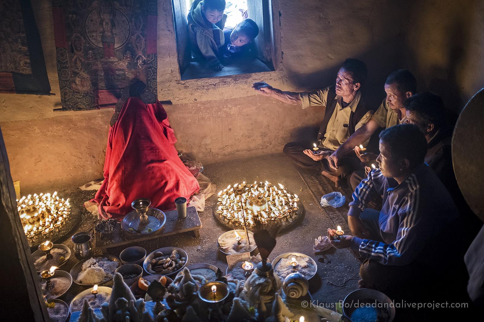 Døderitualer i Nepall Klaus Bo